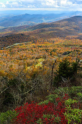 Smokey Mountain Drive Photograph - The View From Grandfather Mountain by Andres Leon