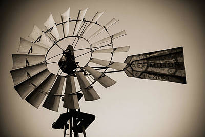 Del Rio Tx Print featuring the photograph The Windmill by Amber Kresge