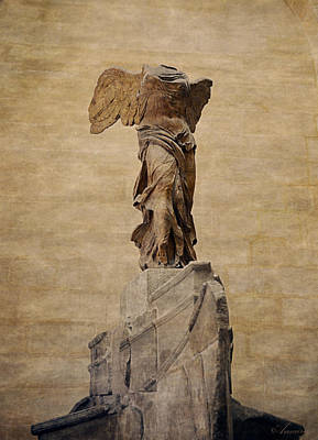 Louvre Digital Art - The Winged Victory Of Samothrace by Maria Angelica Maira