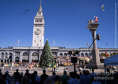 They Dont Do Christmas In San Francisco The Way We Do It In Kansas Betsy Jane Dsc1745 Print by Wingsdomain Art and Photography