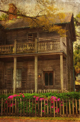 Old House Photograph - This Old House by Kim Hojnacki