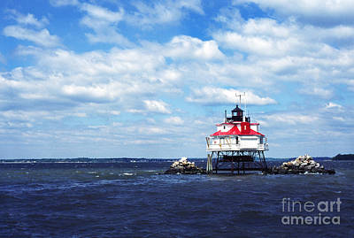 Thomas R. Fletcher Photograph - Thomas Point Shoal Lighthouse by Thomas R Fletcher