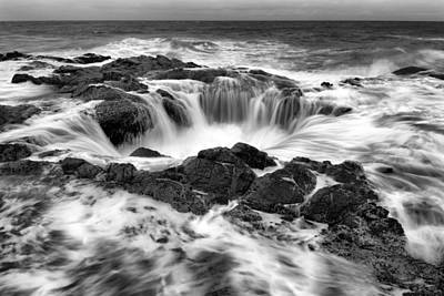 Thor Photograph - Thor's Well Monochrome by Robert Bynum