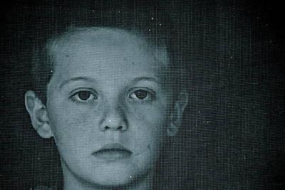 Screen Doors Photograph - Through The Screen Door by Sue McGlothlin