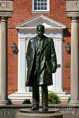 Thurgood Marshall Statue Print by Olivier Le Queinec