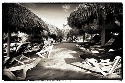 Caribbean Corner Photograph - Tiki Corner by John Rizzuto
