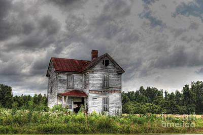 Abandoned House Photograph - Time Stood Still by Benanne Stiens