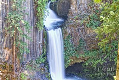 Toketee Falls Original by Kati Tomlinson