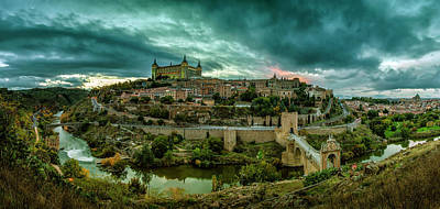 Round Building Photograph - Toledo - The City Of The Three Cultures by Pedro Jarque