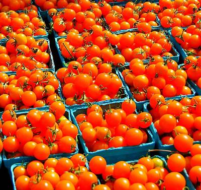 Tomato Squares Print by Mamie Gunning