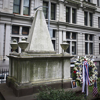 Tomb Of Alexander Hamilton Print by Teresa Mucha