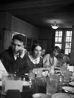 Dining Hall Photograph - Tompkins And Bramley by Emilio Segre Visual Archives/american Institute Of Physics