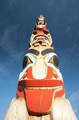 Indian Art Photograph - Totem Pole by Ashley Cooper