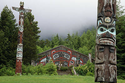 Totem Poles  Saxman Village Ketchikan Print by Peter Barrett