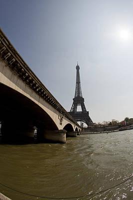 Photograph - Tour Eiffel 1 by Art Ferrier