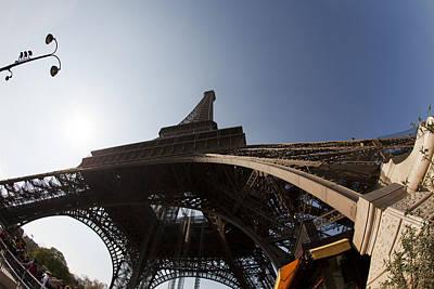 Photograph - Tour Eiffel 5 by Art Ferrier