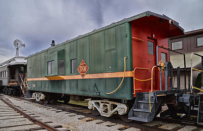 Brakeman Photograph - Tpw Rr Caboose Side And Front Views by Thomas Woolworth