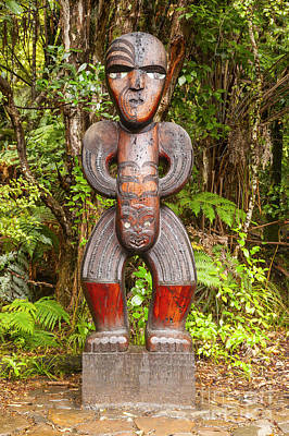 Traditional Carved Figure Waitakere New Zealand Print by Colin and Linda McKie