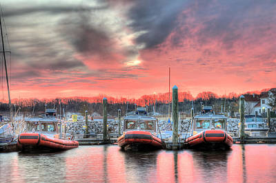 Tres Gunboats Print by JC Findley