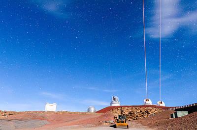Keck Photograph - Triple Parallel Lasers 1 by Jason Chu