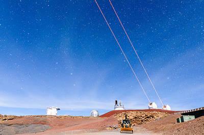 Keck Photograph - Triple Parallel Lasers 2 by Jason Chu