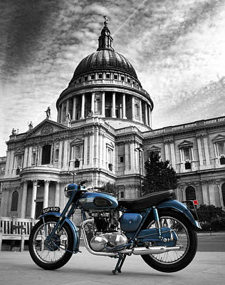 London Skyline Photograph - Triumph Thunderbird At St Pauls Cathedral by Mark Rogan