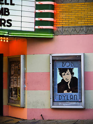 Bob Dylan Photograph - Troubadour by Skip Hunt