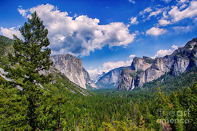 Half Dome Photograph - Tunnel View In Yosemite by Mimi Ditchie