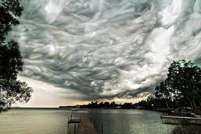 Turbulent Digital Art - Turbulent Airflow by Matt Molloy