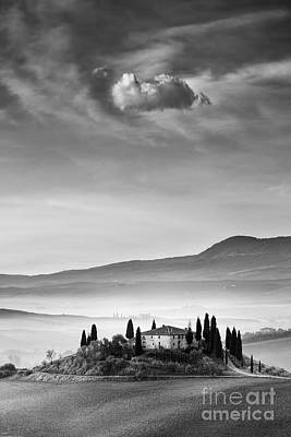 Podere Belvedere 2 Print by Rod McLean