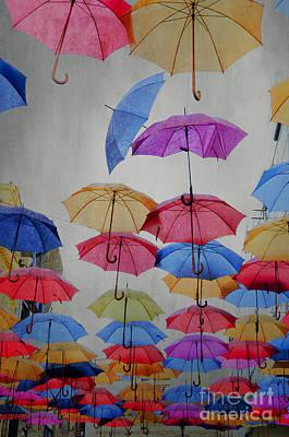 Rain Pyrography - Umbrellas by Jelena Jovanovic