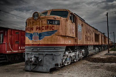 Train Depot Photograph - Union Pacific Engine by Mike Burgquist