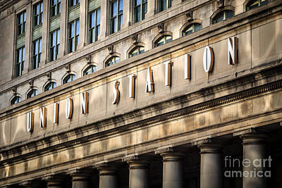 Union Station Chicago Sign And Building Print by Paul Velgos