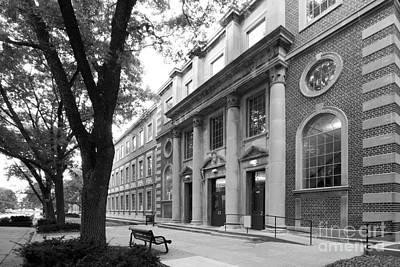 Hawkeye Photograph - University Of Iowa Chemistry Building by University Icons