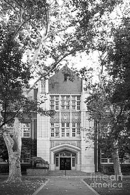 Stockton Photograph - University Of The Pacific - Knoles Hall by University Icons