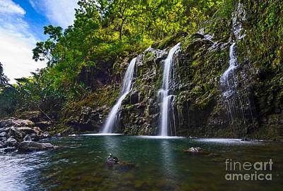Upper Waikani Falls - The Stunningly Beautiful Three Bears Found In Maui. Print by Jamie Pham