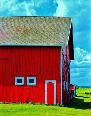 Barn Photograph - Us 2 Barn by Daniel Thompson