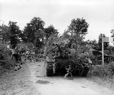 U.s. Tanks In Combat In The Hedgerows Print by Everett