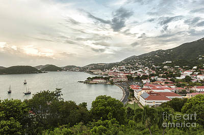 Poster Photograph - Us Virgin Island St. Thomas Heart by Eyzen Medina