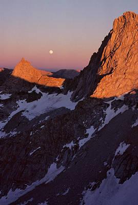 Usa, Sawtooth Peak, Sunset, Moonrise Print by Gerry Reynolds