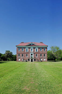 Usa, Sc, Charleston, Drayton Hall An Print by Rob Tilley