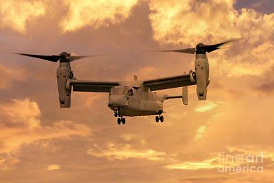 Osprey Digital Art - V-22 Ospey by J Biggadike