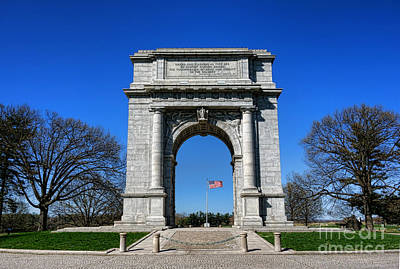Arches Memorial Photograph - Valley Forge Park Memorial Arch by Olivier Le Queinec
