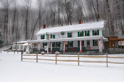 Valley Green Inn After A Snowfall Print by Bill Cannon