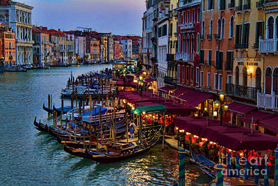 Venetian Grand Canal At Dusk Print by David Smith