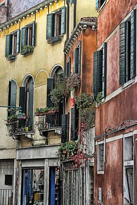 Venecia Photograph - Windows In Venice  by Tom Prendergast