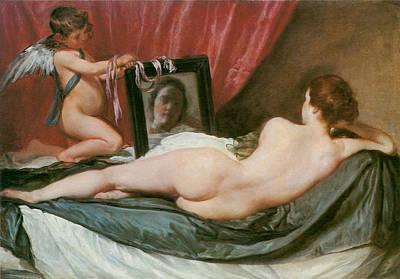 Venus At Her Mirror Print by Diego Valezquez