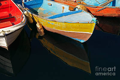 Vibrancy At Puerto De Morgan. Print by Pete Reynolds