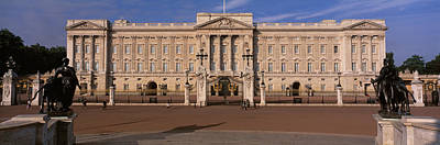 Buckingham Palace Photograph - View Of The Buckingham Palace, London by Panoramic Images