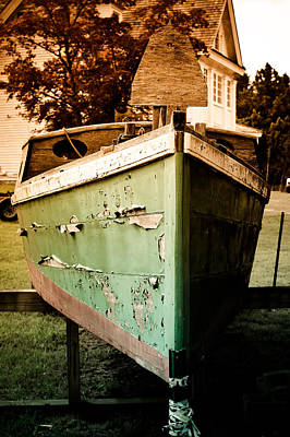Old Cabins Photograph - Vintage Boat by Colleen Kammerer